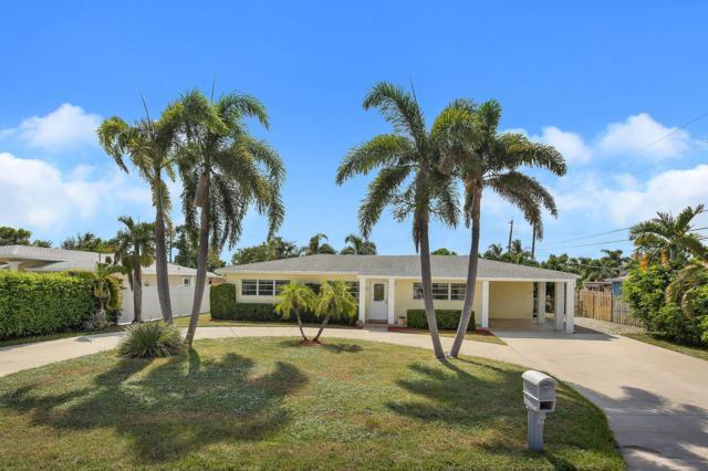 6621 Lake Clarke Drive E, Lake Clarke Shores, FL 33406 (#RX-10461481) :: The Reynolds Team/Treasure Coast Sotheby's International Realty