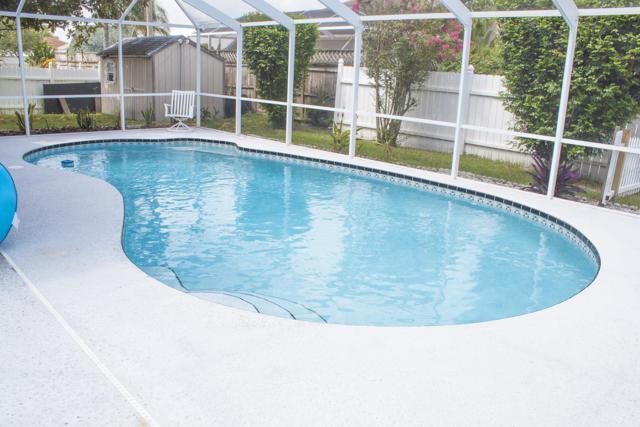3423 SE Hart Circle, Port Saint Lucie, FL 34984 (#RX-10461879) :: The Reynolds Team/Treasure Coast Sotheby's International Realty