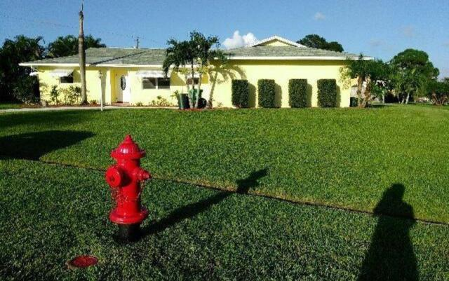 1431 SE Concha Street, Port Saint Lucie, FL 34983 (#RX-10463526) :: The Reynolds Team/Treasure Coast Sotheby's International Realty