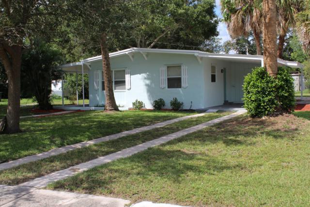 2017 Hills Court, Fort Pierce, FL 34950 (#RX-10464455) :: The Reynolds Team/Treasure Coast Sotheby's International Realty