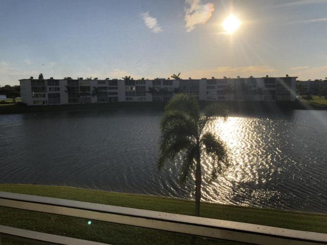 3019 Wolverton A, Boca Raton, FL 33434 (#RX-10464723) :: Ryan Jennings Group