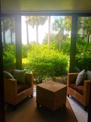 1823 Embassy Drive #102, West Palm Beach, FL 33401 (#RX-10467631) :: Ryan Jennings Group
