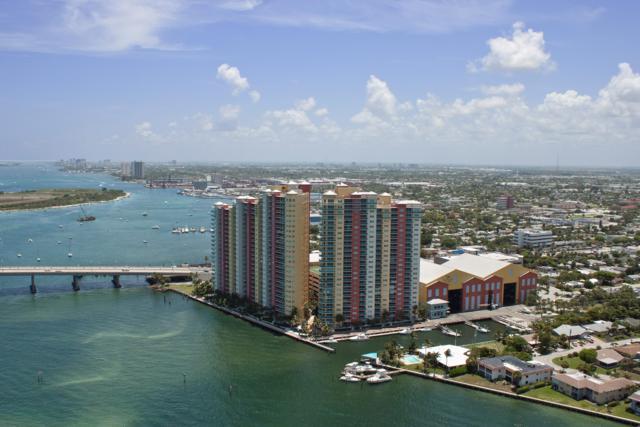 2640 Lake Shore Drive #2114, Riviera Beach, FL 33404 (#RX-10468951) :: Ryan Jennings Group