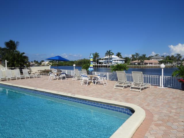 624 Snug Harbor Drive B13, Boynton Beach, FL 33435 (#RX-10470641) :: Ryan Jennings Group