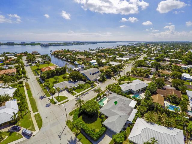 2415 N Lakeside Drive, Lake Worth, FL 33460 (#RX-10472351) :: The Reynolds Team/Treasure Coast Sotheby's International Realty