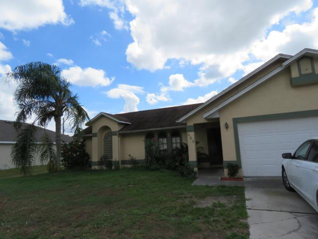 668 SW Hillsboro Circle, Port Saint Lucie, FL 34953 (#RX-10472550) :: The Reynolds Team/Treasure Coast Sotheby's International Realty
