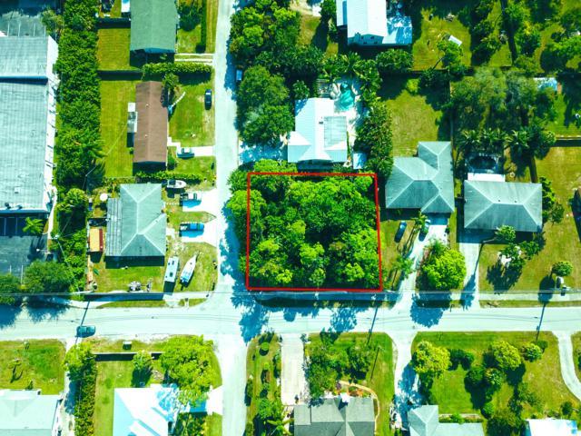 3964 SE Dixie Ross Street, Stuart, FL 34997 (#RX-10477088) :: The Reynolds Team/Treasure Coast Sotheby's International Realty