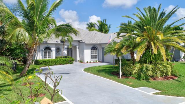 365 NE Vanda Terrado, Jensen Beach, FL 34957 (#RX-10477372) :: The Rizzuto Woodman Team