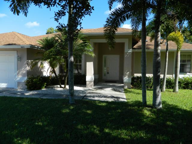3871 SE Dixie Ross Street, Stuart, FL 34997 (#RX-10477754) :: The Reynolds Team/Treasure Coast Sotheby's International Realty