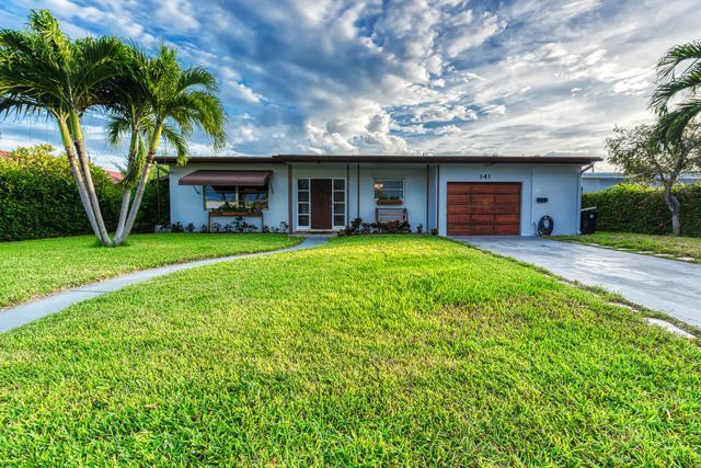 141 Bryn Mawr Drive, Lake Worth, FL 33460 (#RX-10479095) :: The Reynolds Team/Treasure Coast Sotheby's International Realty