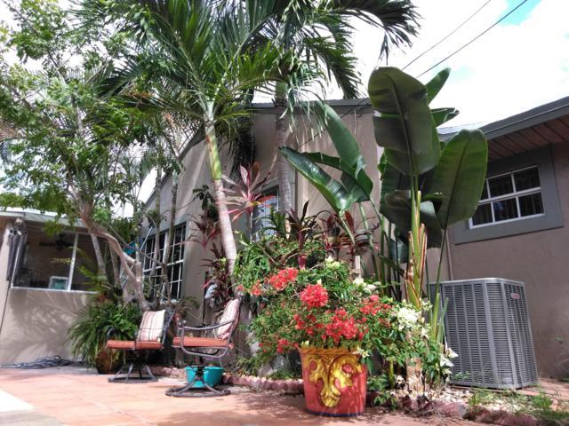3607 S Olive Avenue, West Palm Beach, FL 33405 (#RX-10479929) :: The Reynolds Team/Treasure Coast Sotheby's International Realty