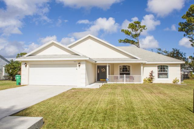 517 NW Sherbrooke Avenue, Port Saint Lucie, FL 34953 (#RX-10480366) :: The Rizzuto Woodman Team