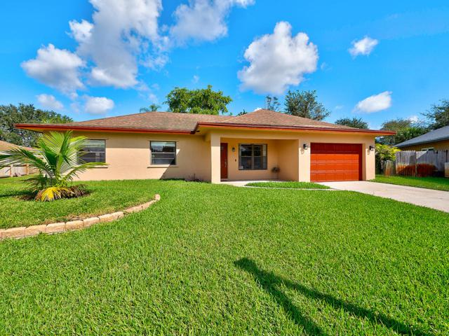 5925 Flatrock Road, West Palm Beach, FL 33413 (#RX-10480389) :: The Rizzuto Woodman Team