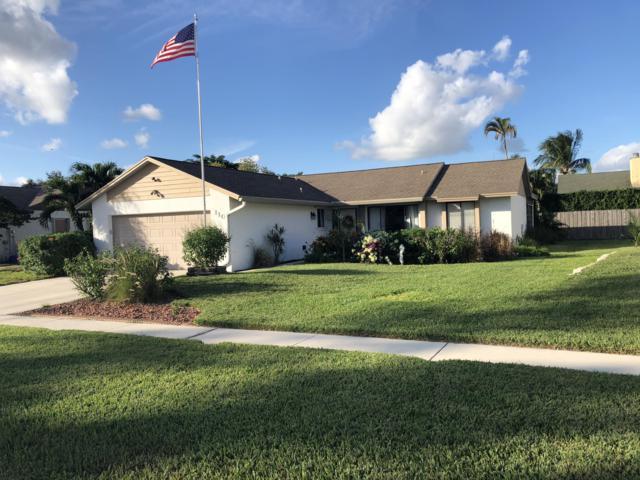 110 Parkwood Drive, Royal Palm Beach, FL 33411 (#RX-10480564) :: The Reynolds Team/Treasure Coast Sotheby's International Realty