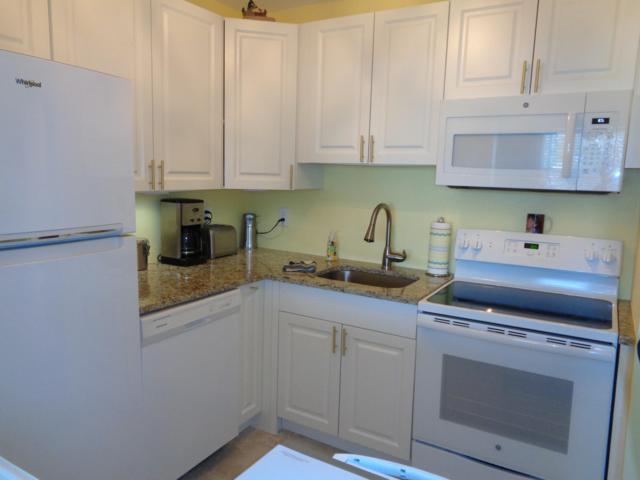 210 Horizons E #103, Boynton Beach, FL 33435 (#RX-10480816) :: Blue to Green Realty