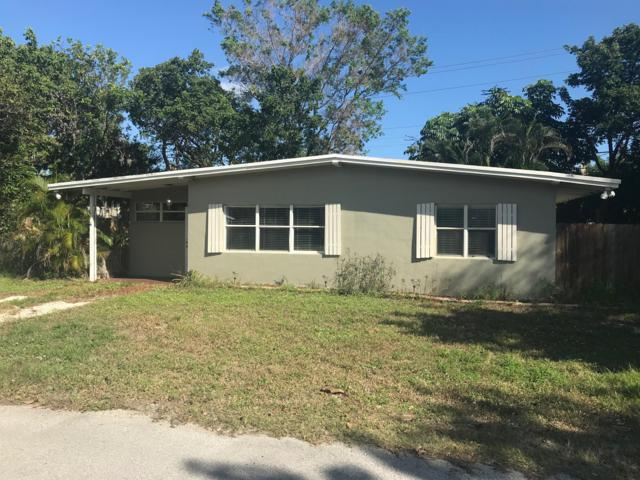 1315 NE Oak Lane Drive, Jensen Beach, FL 34957 (#RX-10480948) :: Atlantic Shores