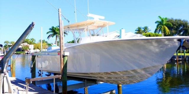 120 Queen Bess Court, Hutchinson Island, FL 34949 (#RX-10481533) :: Atlantic Shores