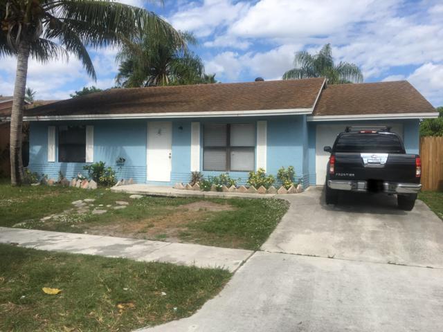 5861 W Ithaca Circle, Lake Worth, FL 33463 (#RX-10482830) :: Ryan Jennings Group