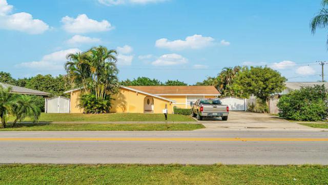 332 Alemeda Drive, Palm Springs, FL 33461 (#RX-10482834) :: The Reynolds Team/Treasure Coast Sotheby's International Realty
