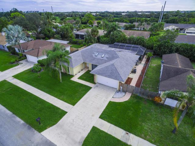 4294 Cedar Creek Rd, Boca Raton, FL 33487 (MLS #RX-10482844) :: Castelli Real Estate Services