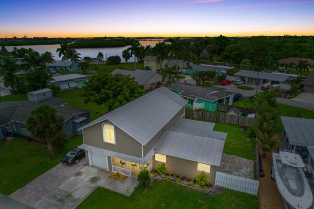 35 SW Cabana Point Circle, Stuart, FL 34994 (#RX-10483506) :: The Reynolds Team/Treasure Coast Sotheby's International Realty