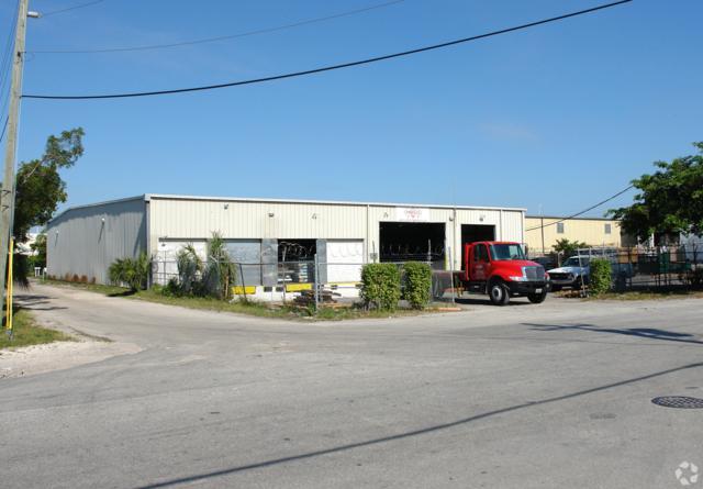 1841 N Powerline Road, Pompano Beach, FL 33069 (#RX-10485940) :: Ryan Jennings Group