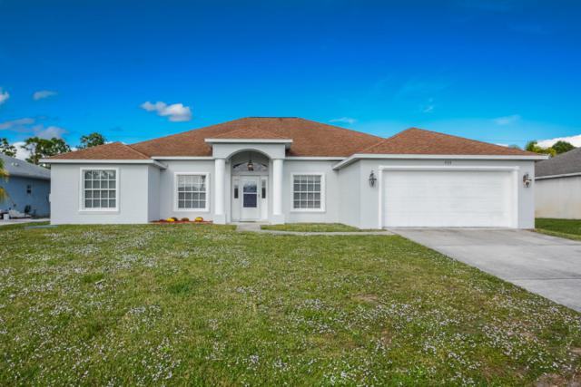 535 SW Halibut Avenue, Port Saint Lucie, FL 34953 (#RX-10488372) :: The Reynolds Team/Treasure Coast Sotheby's International Realty