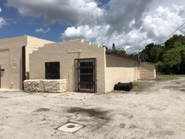 1708 Avenue D, Fort Pierce, FL 34950 (#RX-10490818) :: The Reynolds Team/Treasure Coast Sotheby's International Realty