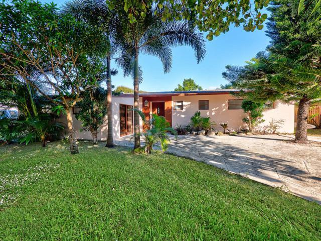 2303 S Wallen Drive, Palm Beach Gardens, FL 33410 (#RX-10496751) :: Ryan Jennings Group