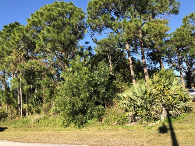 906 SE Atlantus Avenue, Port Saint Lucie, FL 34983 (#RX-10497018) :: Blue to Green Realty
