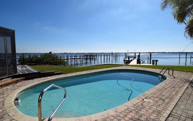 776 NE River Terrace, Jensen Beach, FL 34957 (#RX-10497591) :: RE/MAX Associated Realty