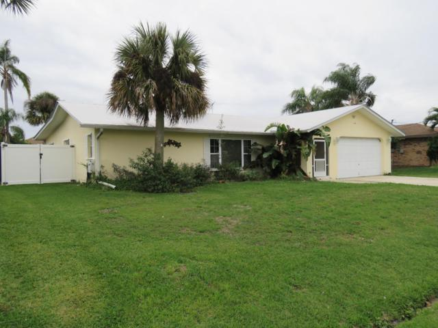 172 NE Surfside Avenue, Port Saint Lucie, FL 34983 (#RX-10499249) :: The Reynolds Team/Treasure Coast Sotheby's International Realty