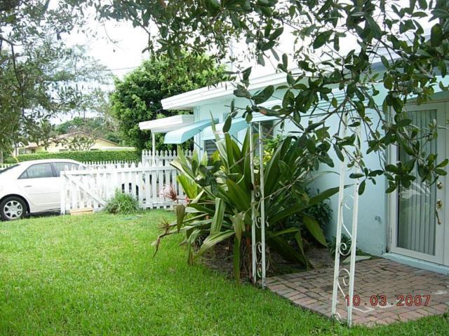 301 S Swinton Avenue, Delray Beach, FL 33444 (MLS #RX-10499897) :: Berkshire Hathaway HomeServices EWM Realty