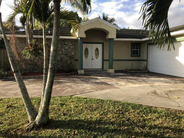 390 NE Genesee Avenue NE, Port Saint Lucie, FL 34983 (#RX-10503933) :: The Reynolds Team/Treasure Coast Sotheby's International Realty