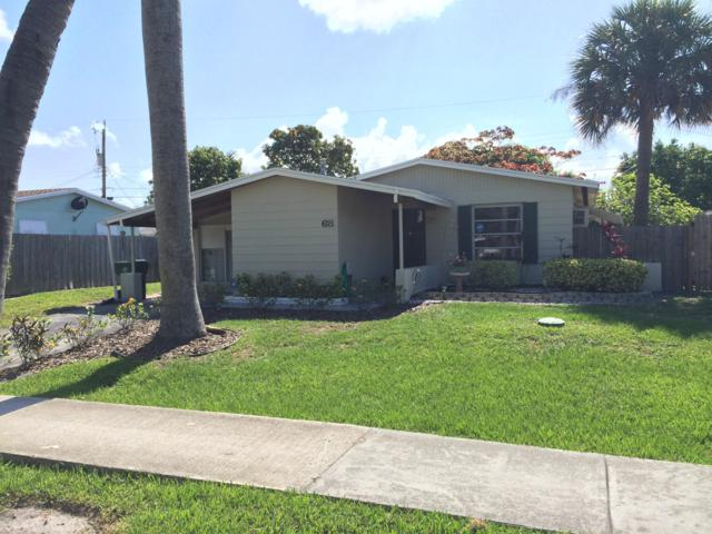 68 Davis Road, Palm Springs, FL 33461 (#RX-10505523) :: The Rizzuto Woodman Team