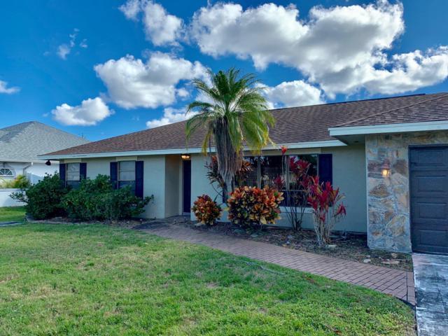 1134 SE Mendoza Avenue, Port Saint Lucie, FL 34953 (#RX-10505610) :: The Reynolds Team/Treasure Coast Sotheby's International Realty