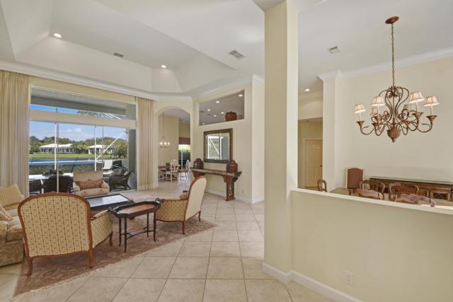 17 Bermuda Lake Drive, Palm Beach Gardens, FL 33418 (#RX-10506382) :: Dalton Wade
