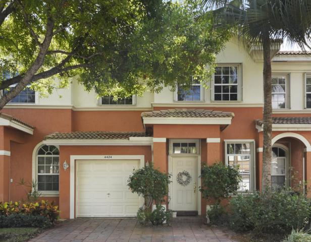 4424 Regal Court, Delray Beach, FL 33445 (#RX-10506499) :: Dalton Wade