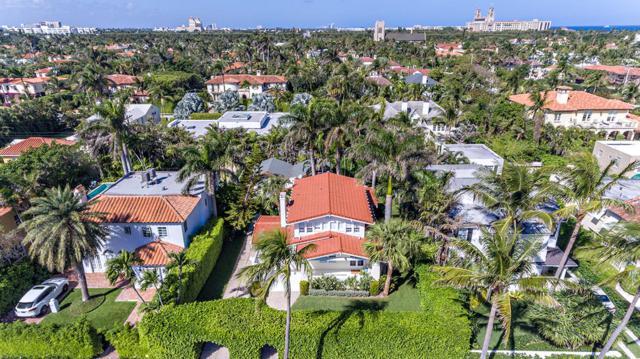 225 Seaspray Avenue, Palm Beach, FL 33480 (#RX-10506531) :: Ryan Jennings Group