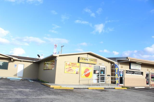 114 S W C Owen Avenue, Clewiston, FL 33440 (MLS #RX-10508084) :: The Paiz Group
