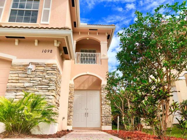 1098 NW Leonardo Circle, Port Saint Lucie, FL 34986 (#RX-10509041) :: The Reynolds Team/Treasure Coast Sotheby's International Realty