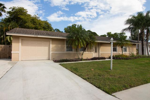 5728 Adair Way, Lake Worth, FL 33467 (#RX-10510215) :: The Reynolds Team/Treasure Coast Sotheby's International Realty