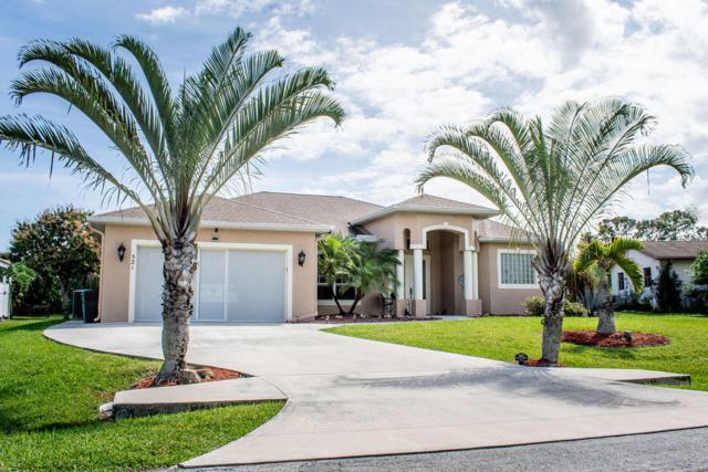 521 NE Noah Street, Port Saint Lucie, FL 34983 (MLS #RX-10511415) :: Berkshire Hathaway HomeServices EWM Realty