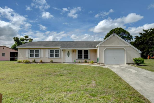 450 SW Kentwood Road, Port Saint Lucie, FL 34953 (#RX-10511940) :: The Reynolds Team/Treasure Coast Sotheby's International Realty