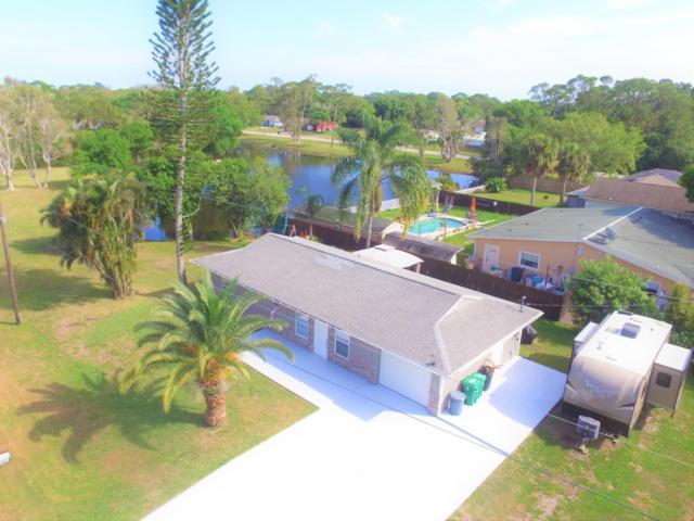 7507 Lakeside Way, Fort Pierce, FL 34951 (#RX-10512178) :: The Reynolds Team/Treasure Coast Sotheby's International Realty