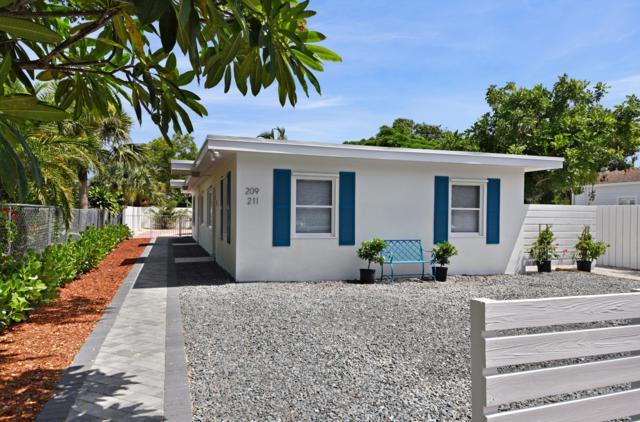 209 NE 13th Street, Delray Beach, FL 33444 (#RX-10512224) :: The Reynolds Team/Treasure Coast Sotheby's International Realty