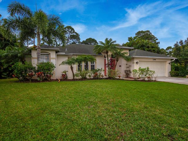 1198 SW Bay Hollow Court, Palm City, FL 34990 (#RX-10513567) :: The Reynolds Team/Treasure Coast Sotheby's International Realty