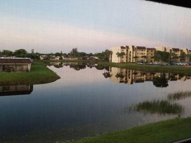 130 Lake Nancy Drive #203, West Palm Beach, FL 33411 (#RX-10513573) :: Ryan Jennings Group