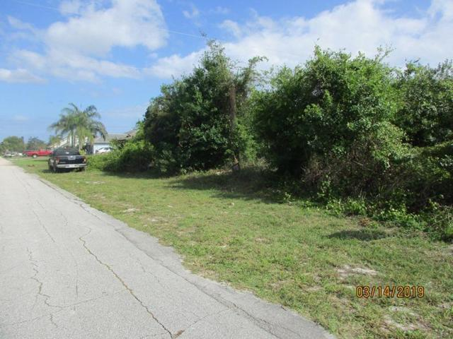 428 SE Fairchild Avenue, Port Saint Lucie, FL 34984 (#RX-10513828) :: The Reynolds Team/Treasure Coast Sotheby's International Realty