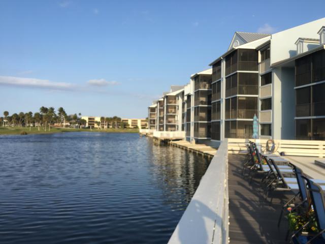 40 NE Plantation Road #207, Stuart, FL 34996 (MLS #RX-10514183) :: Castelli Real Estate Services